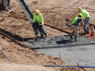 заливка бетона с лотком
